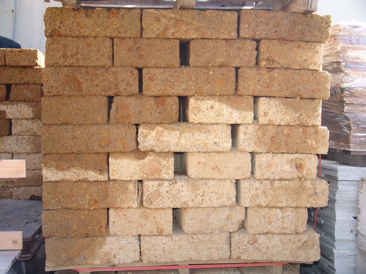Zem enrico marmi prezzi sassi rivestimento muri super - Mattoni da esterno prezzi ...