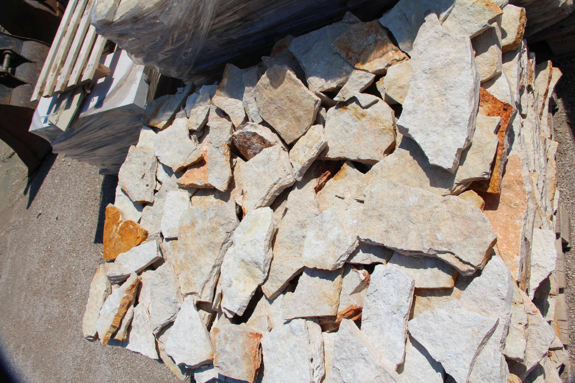 Zem enrico marmi prezzi sassi rivestimento muri super convenienti prezzo pietre da esterno - Pietre da esterno pavimenti ...