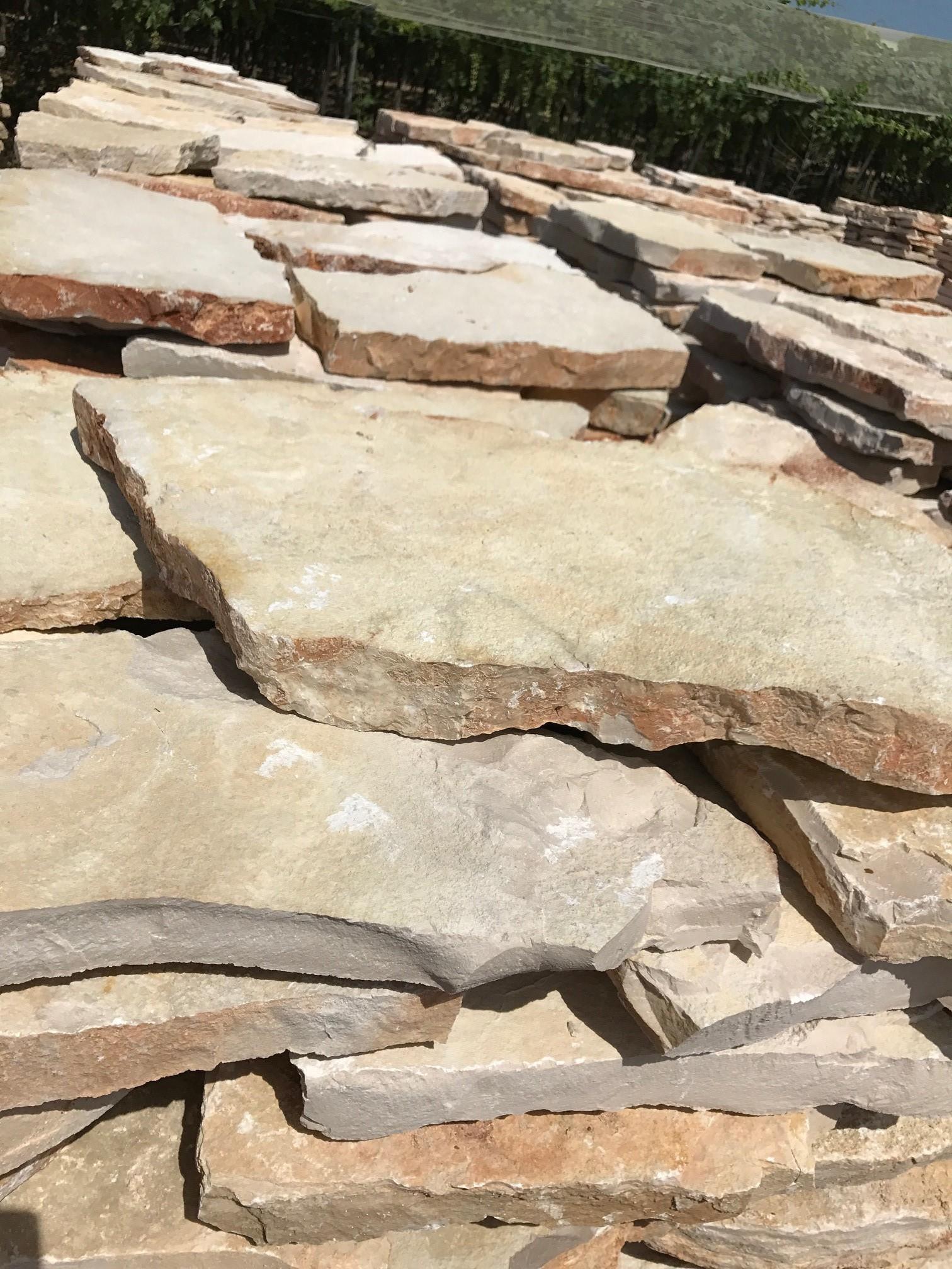 Zem enrico marmi prezzi sassi rivestimento muri super - Pietre per vialetti da giardino ...